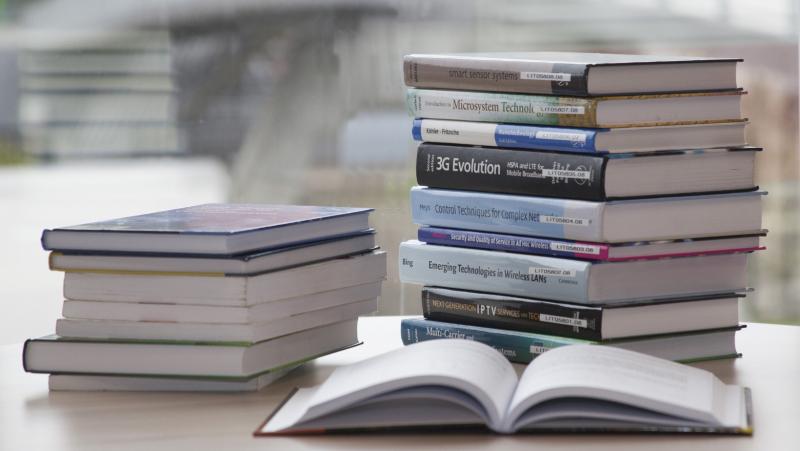 Informacija dėl knygų grąžinimo