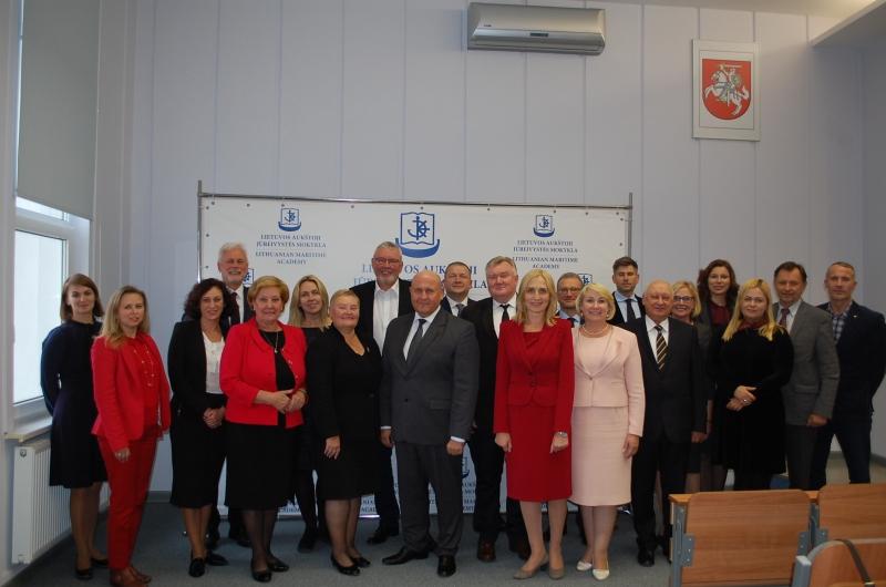 Utenos kolegijos direktorius išrinktas Lietuvos kolegijų direktorių konferencijos Prezidentu