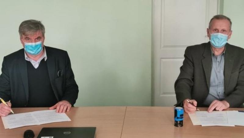Utenos kolegija ir Utenos regioninis profesinio rengimo centras pasirašė sutartį